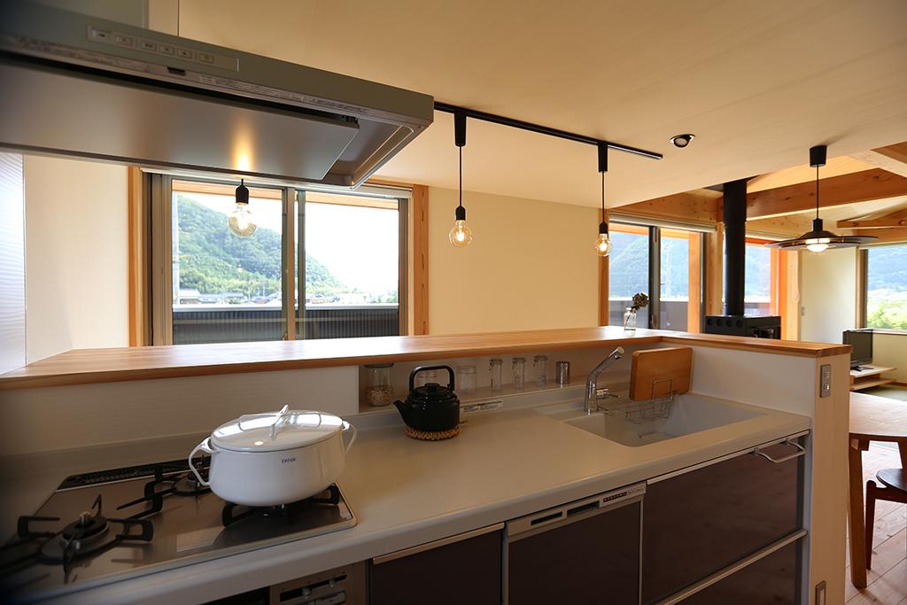 宍粟市の木の家 キッチンからの眺め