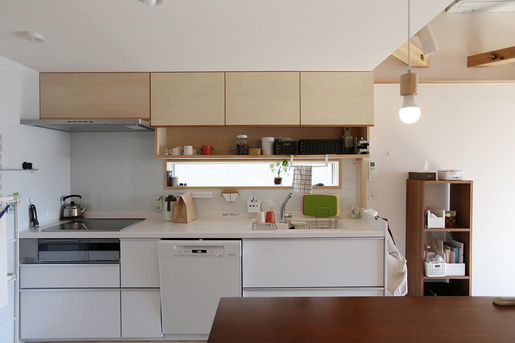 高砂市の木の家 コンパクトで機能的なキッチン