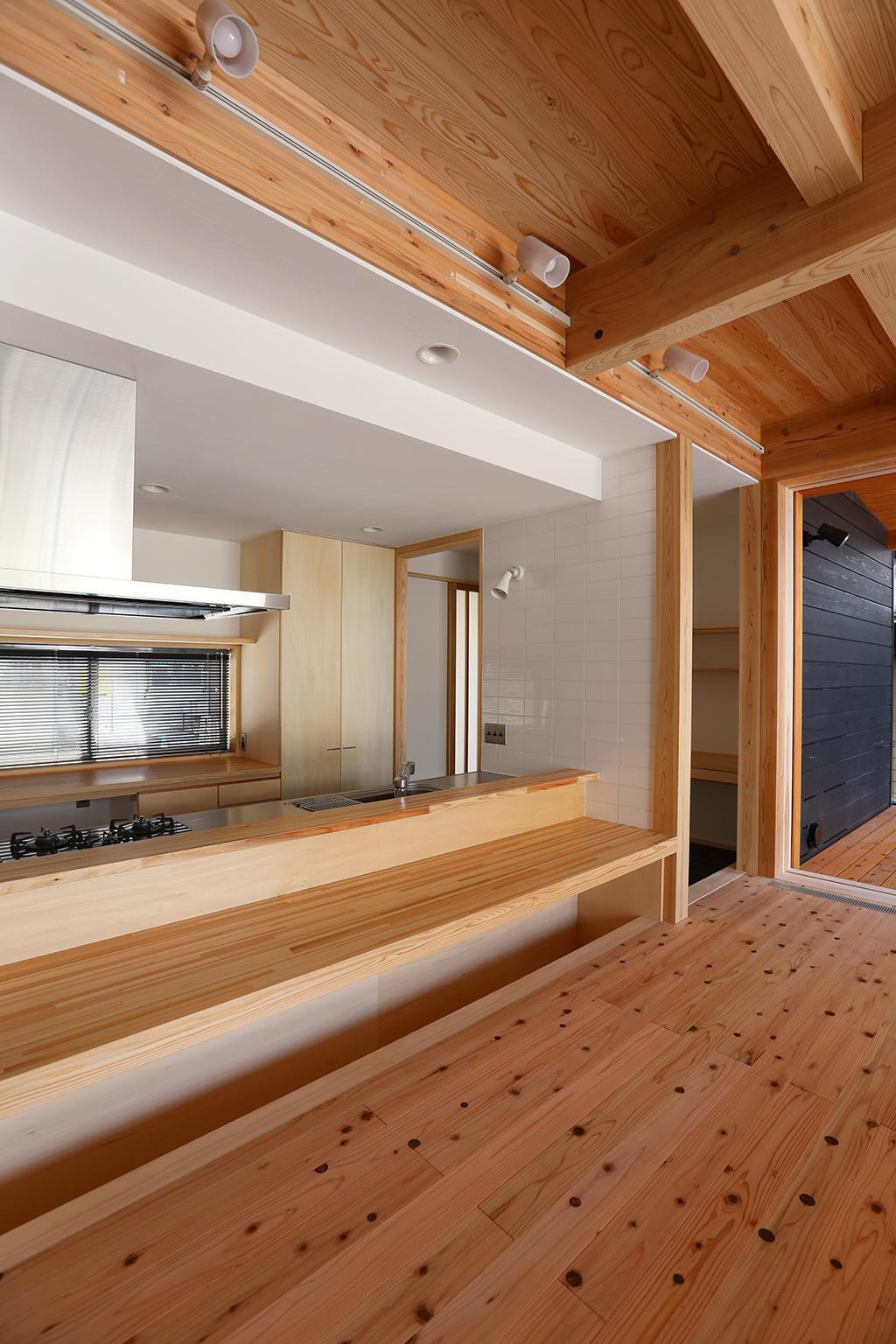 姫路市の木の家 お座敷カウンター