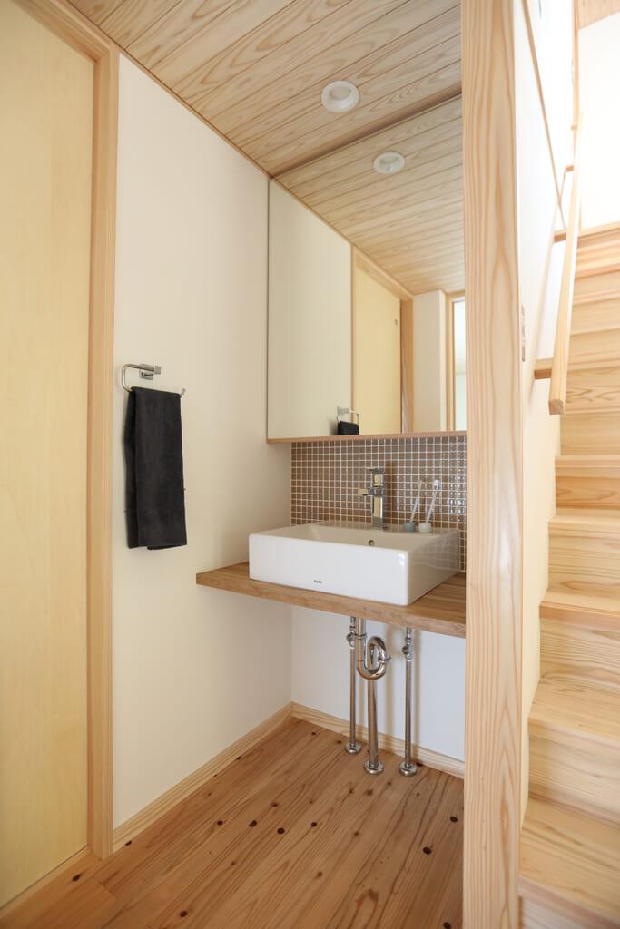 高砂市の木の家 独立式洗面台