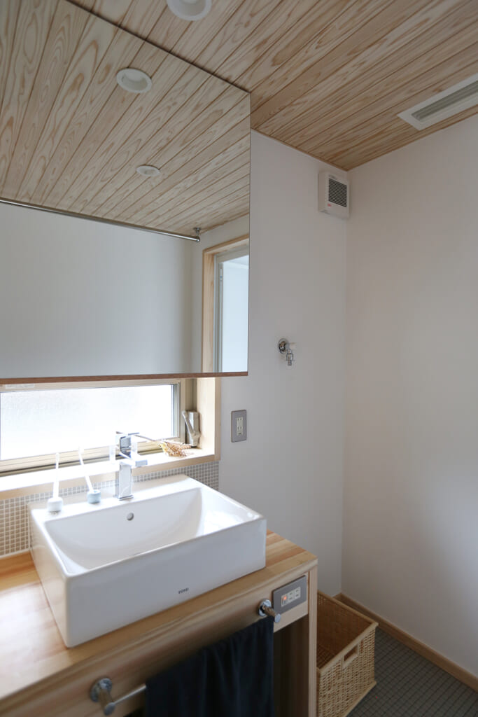 書写の家 洗面脱衣室