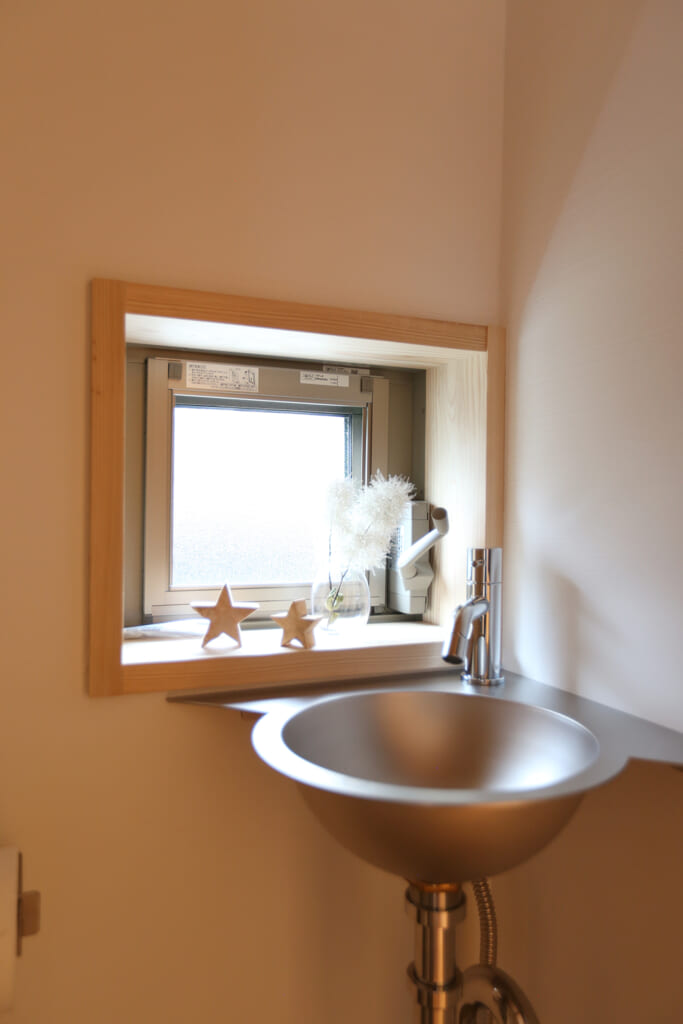 書写の家 トイレのお洒落な手洗い