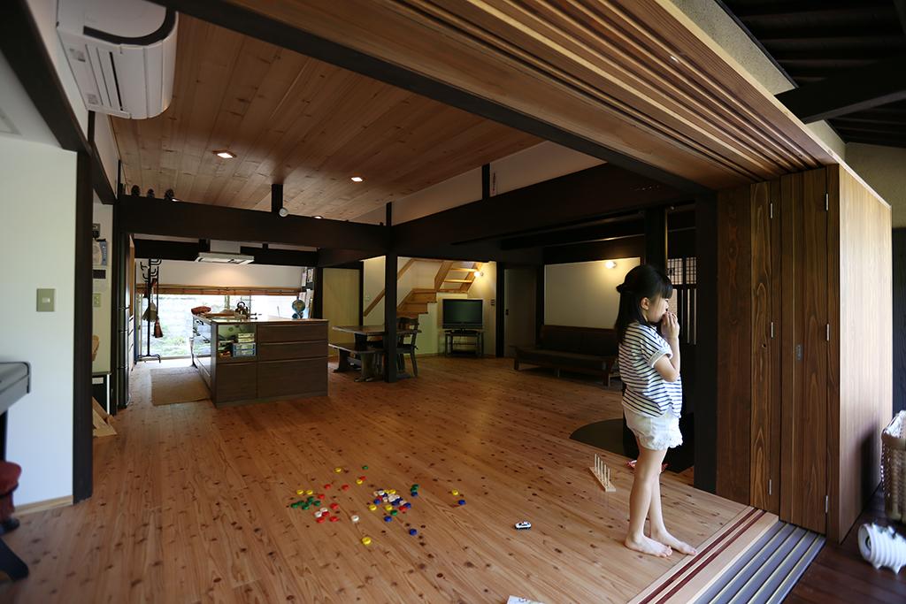 宍粟市の木の家 仕切りをなくして開放的なLDKに