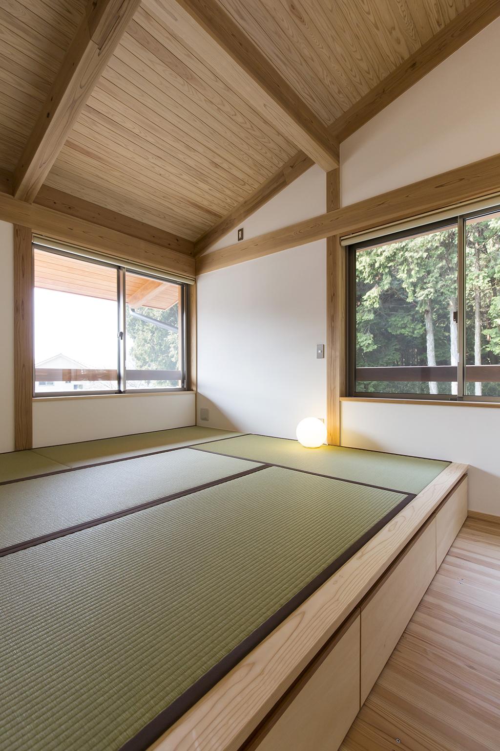 姫路市の木の家 畳敷きの寝室