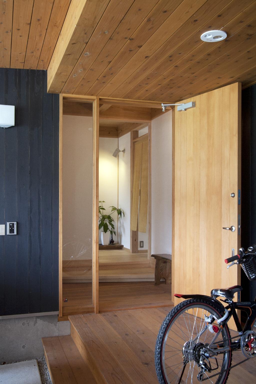 宍粟市の木の家 玄関ポーチ
