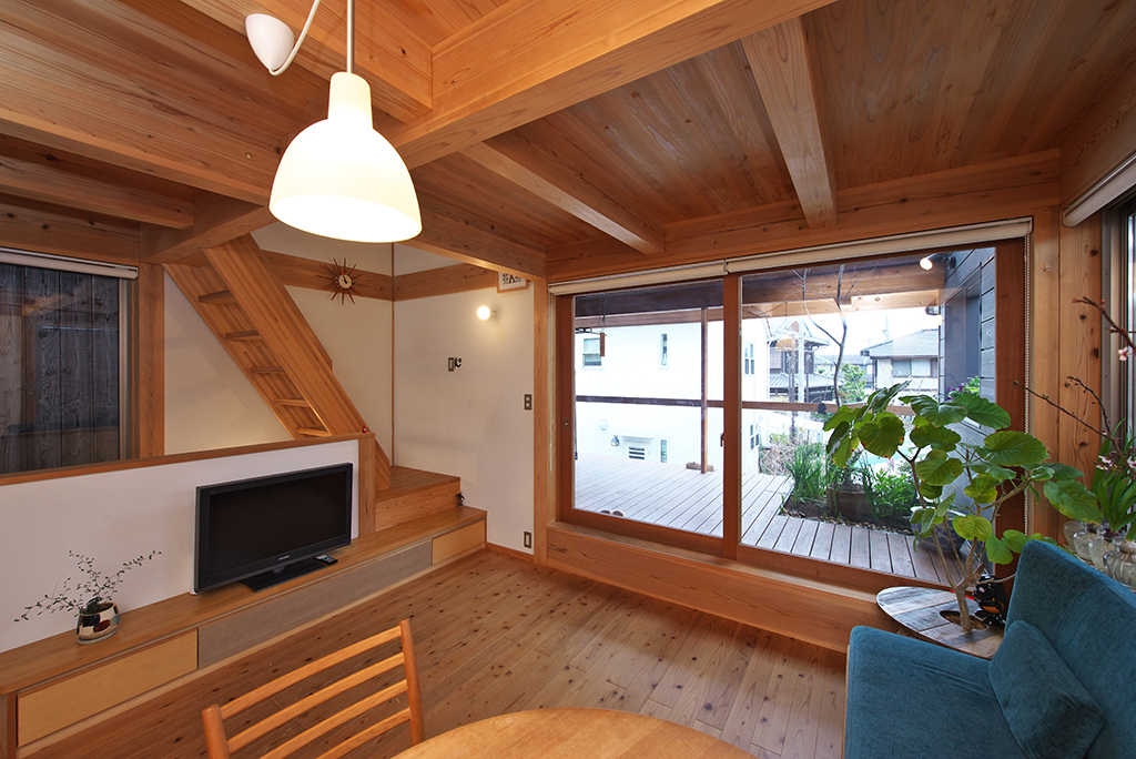 姫路市の木の家 緑の見える2階リビング