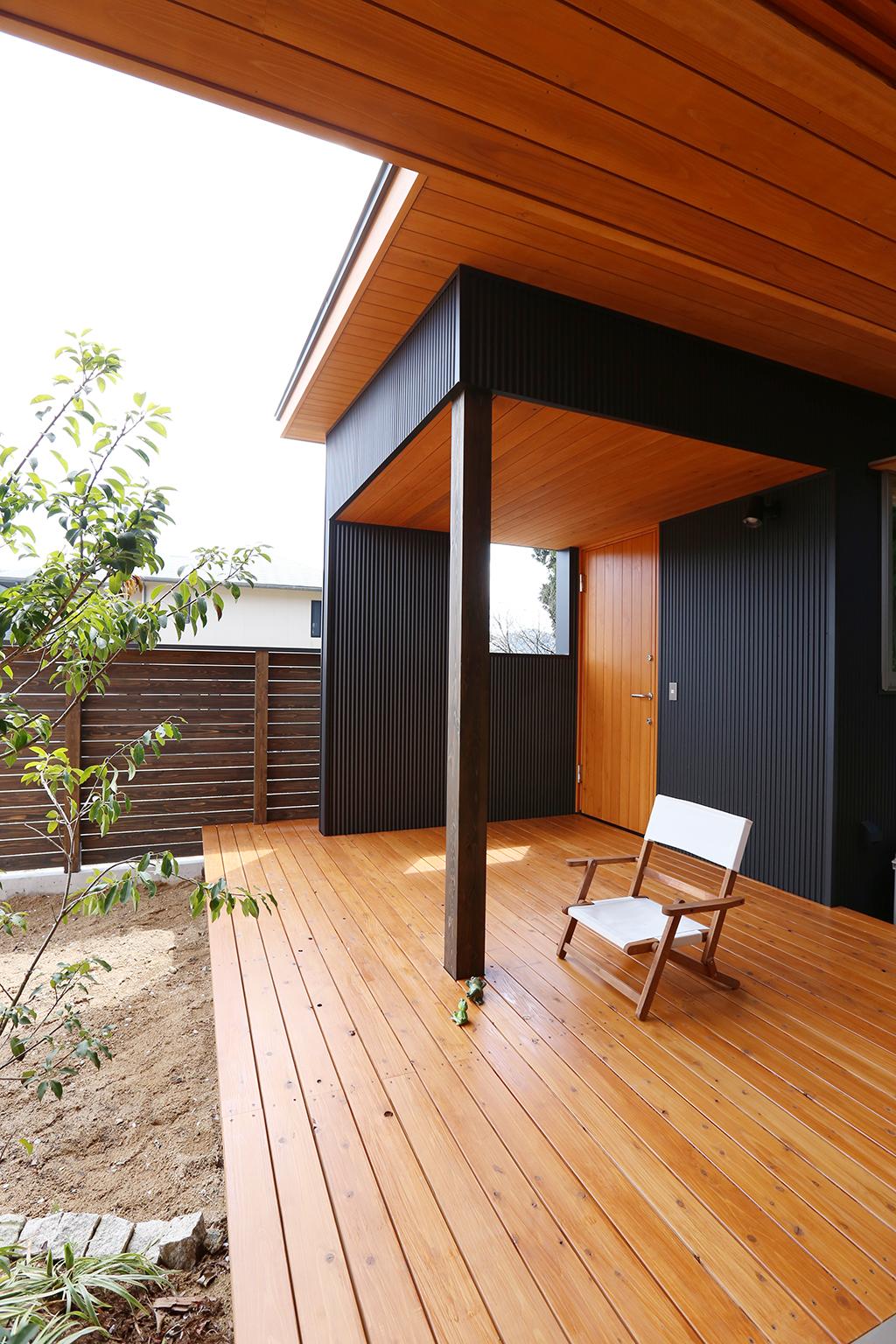 姫路市の木の家 ご主人の趣味のスタジオ