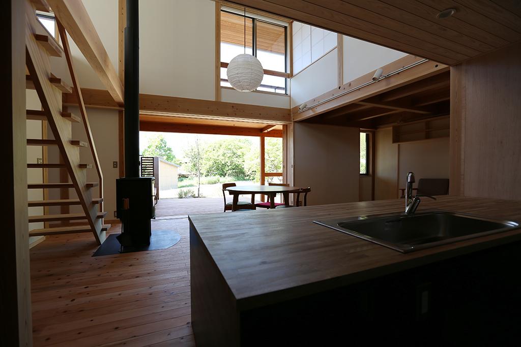 姫路市の木の家 キッチンからの眺め
