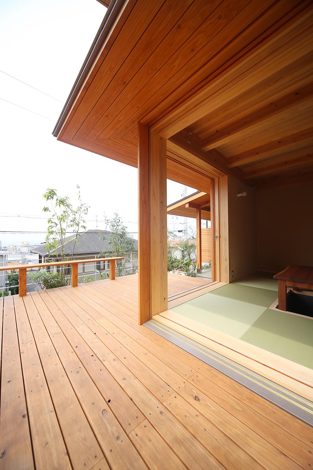 明石市の木の家 デッキからの眺め