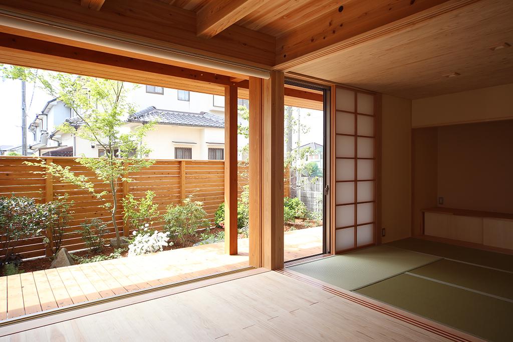 加古川市の木の家 リビングと繋がる和室
