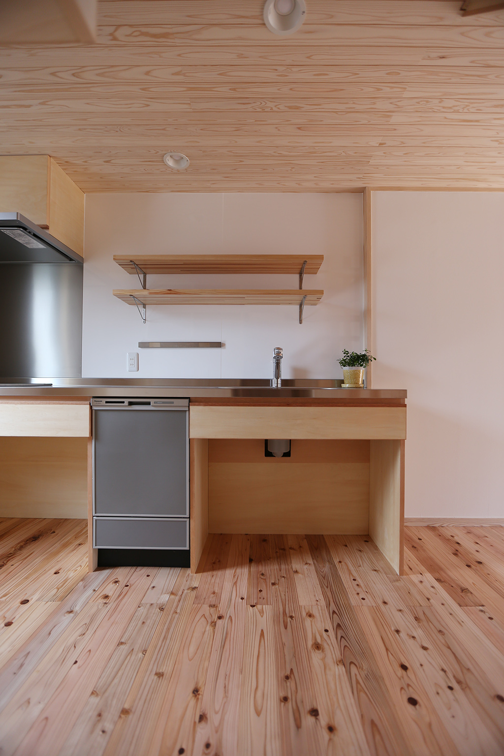 神崎郡の木の家 オリジナルキッチン
