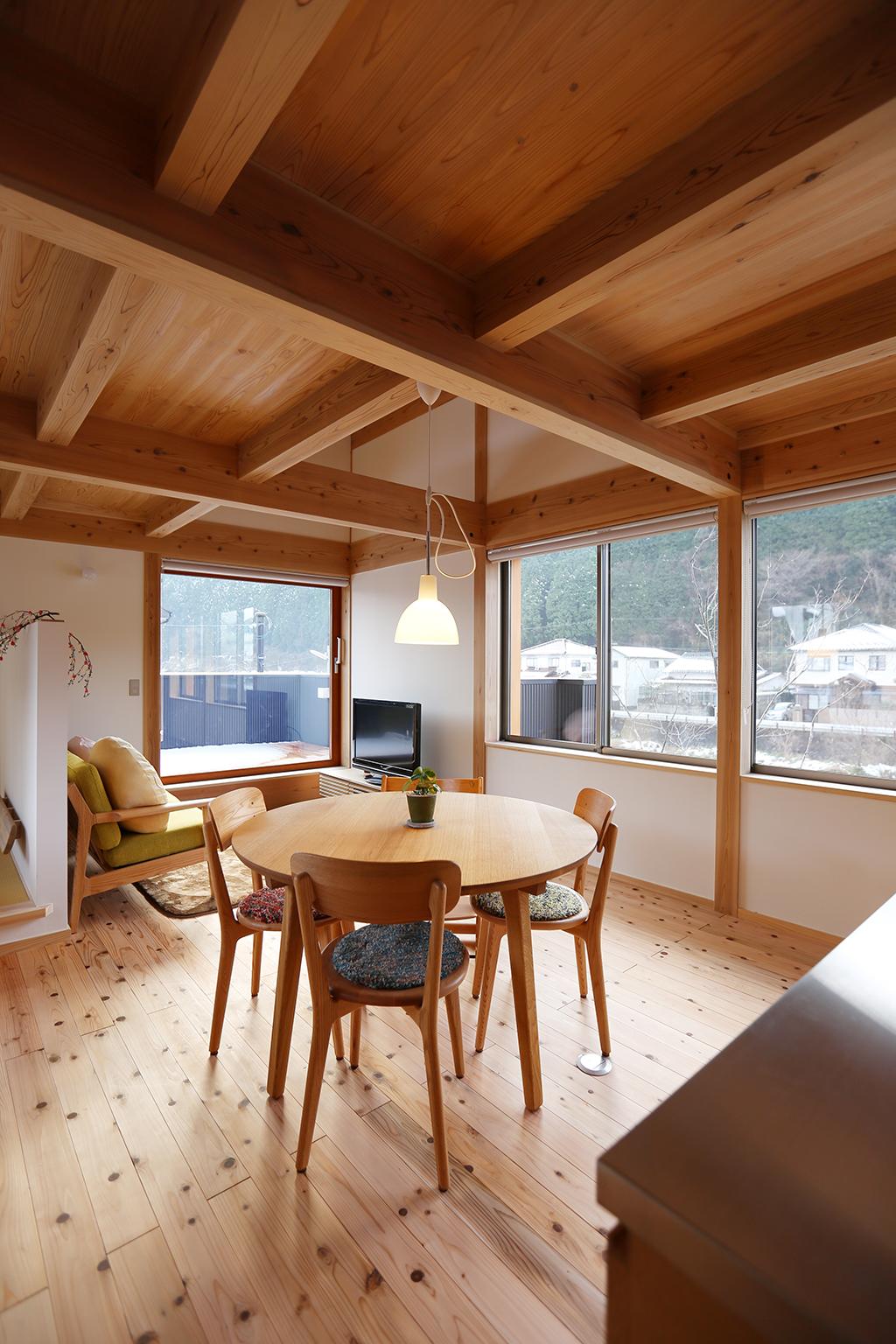 朝来市の木の家 2階からの眺め