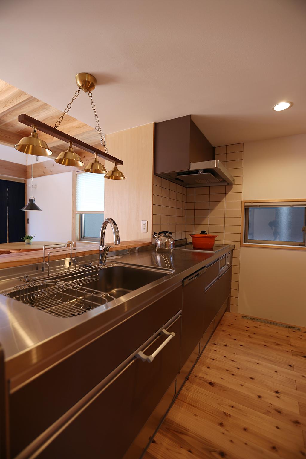 加古川市の木の家 対面キッチン