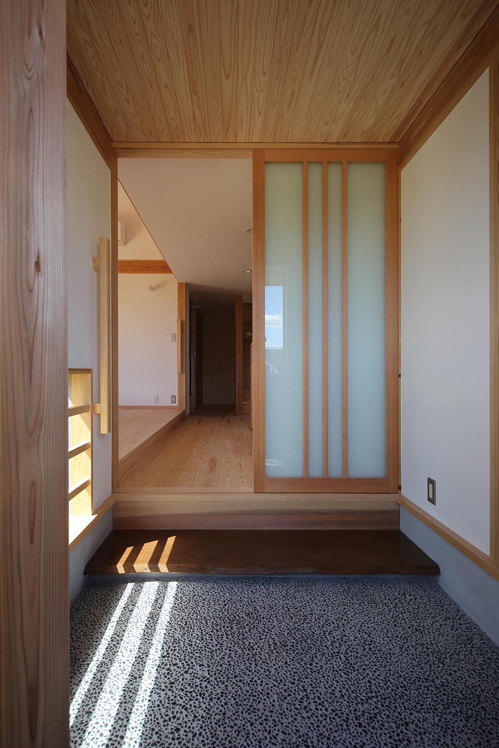 姫路市の木の家 玄関