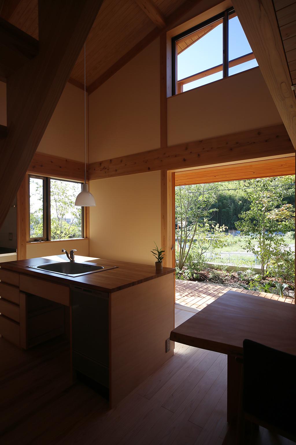 姫路市の木の家 開放的なキッチン