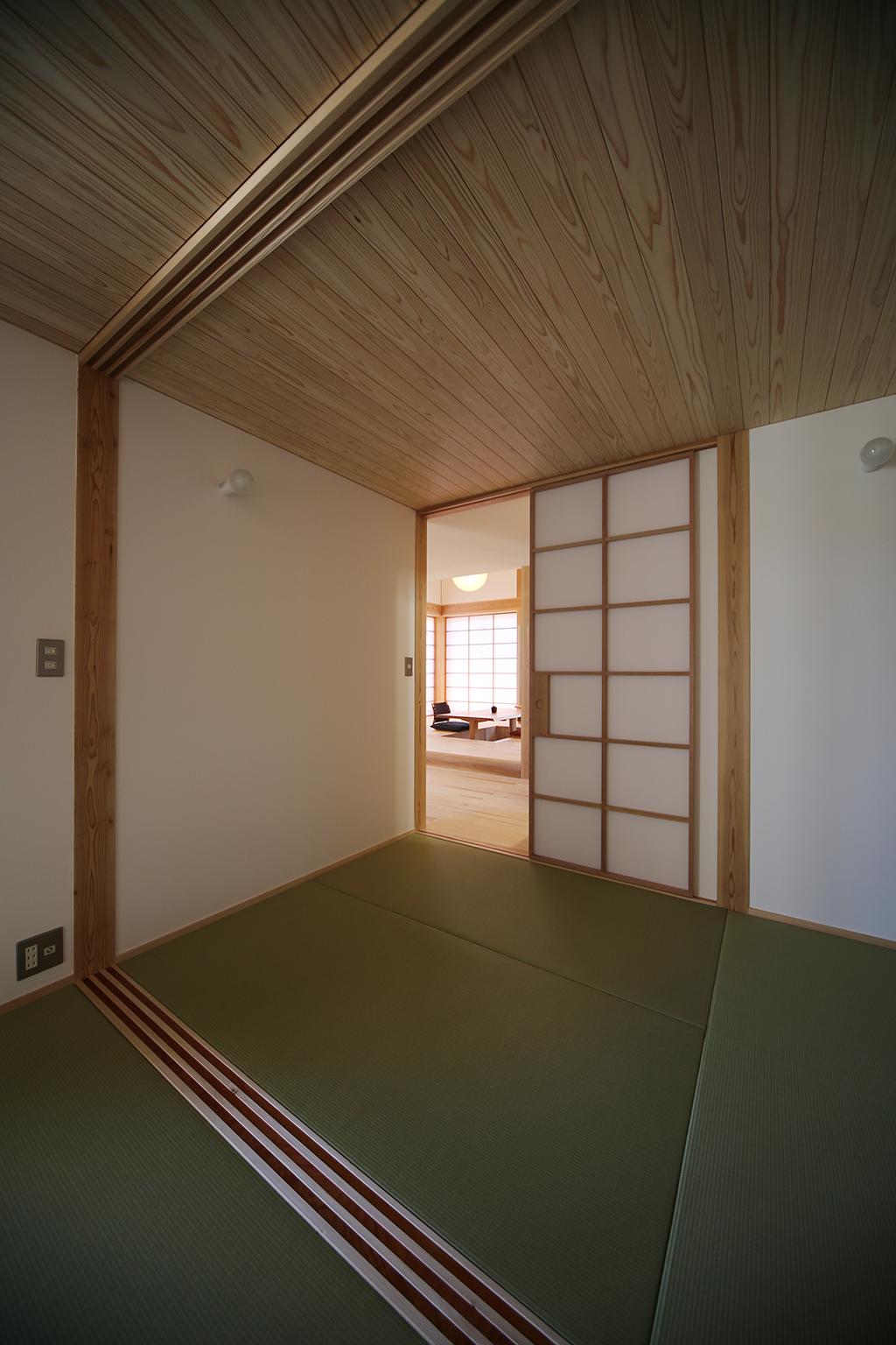 姫路市の木の家 お母さまの部屋への前室