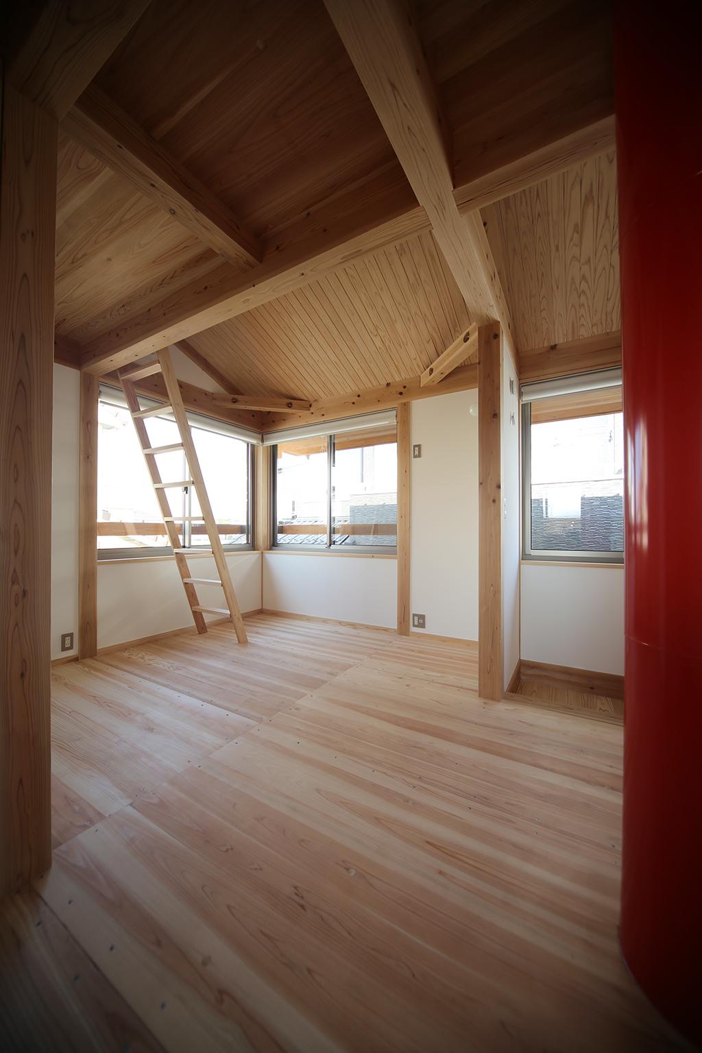 高砂市の木の家 2階子ども部屋