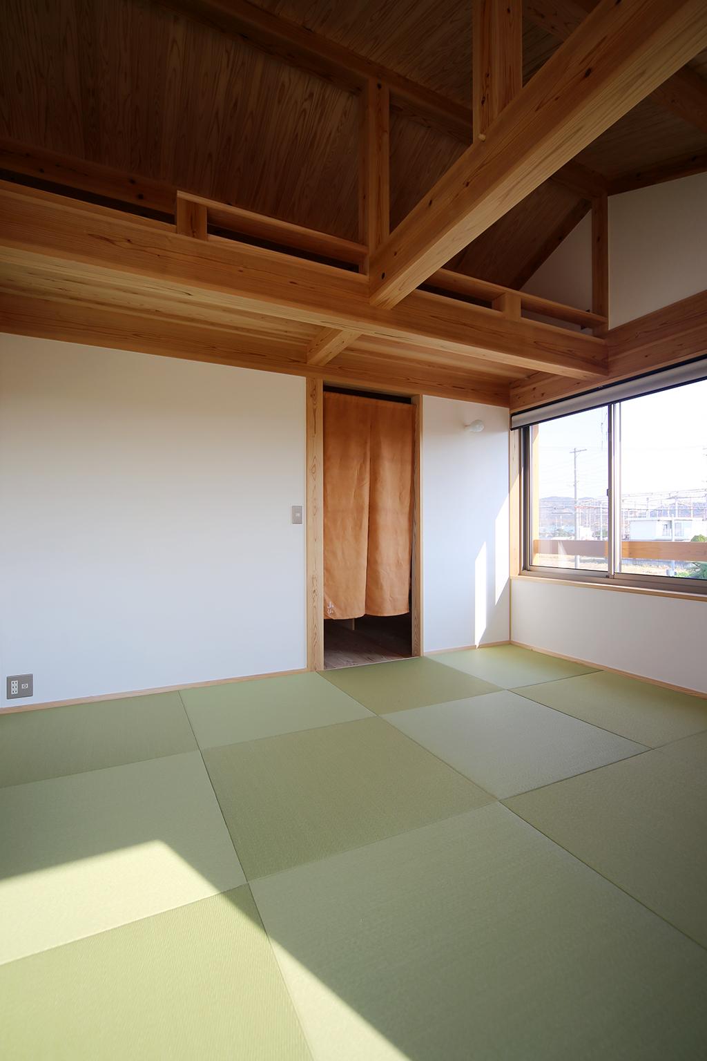 高砂市の木の家 畳敷きの寝室