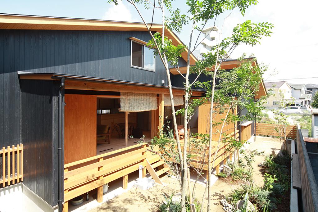 高砂市の木の家 杉板張りの外観