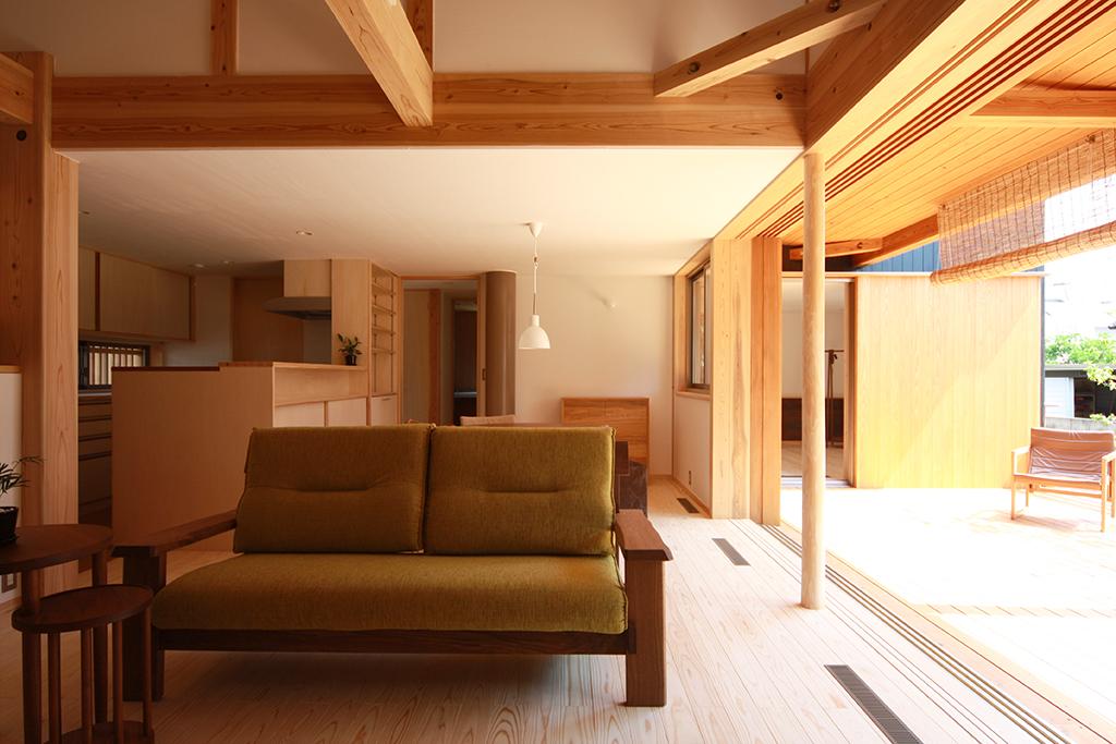 高砂市の木の家 大開口の窓のあるLDK