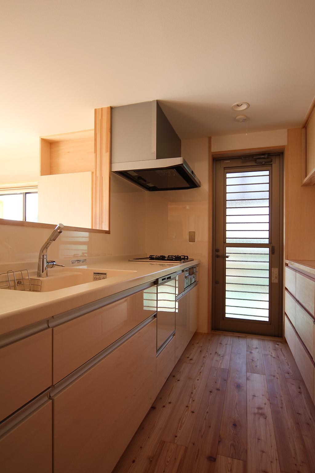 姫路市の木の家 対面キッチン