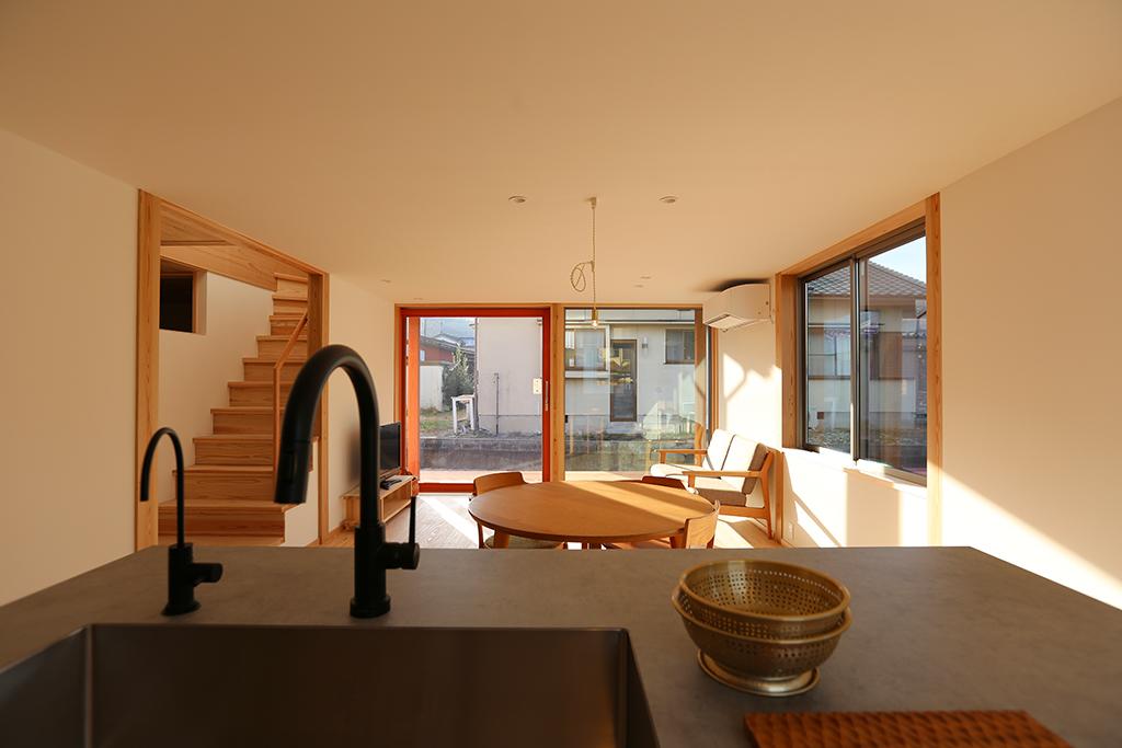 たつの市の木の家 キッチンからの眺め