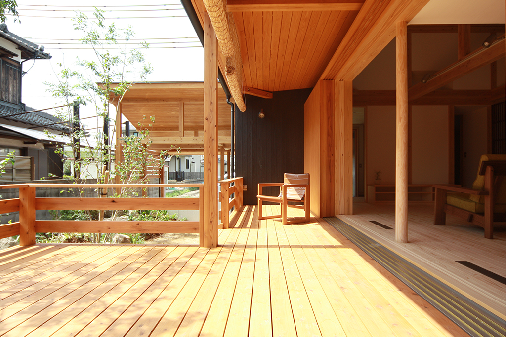 高砂市の木の家 大きなウッドデッキ