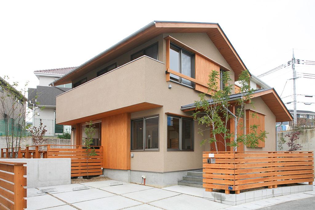神戸市の木の家 そとん壁の外観