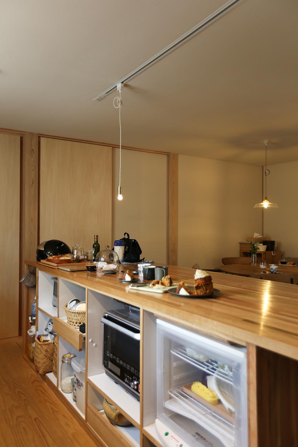 加古川市の木の家 オリジナルの家電収納カウンター
