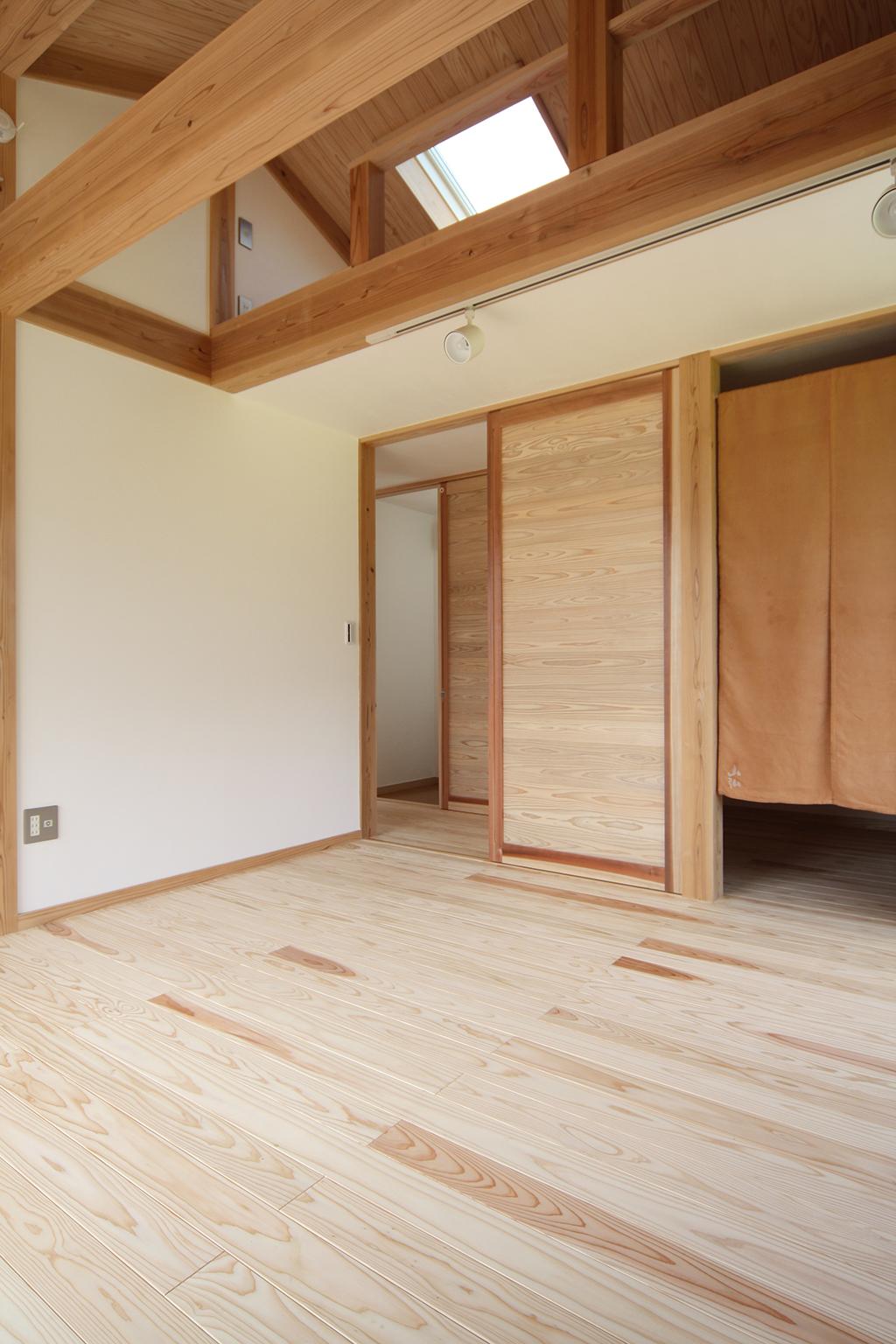 新宮の家 寝室