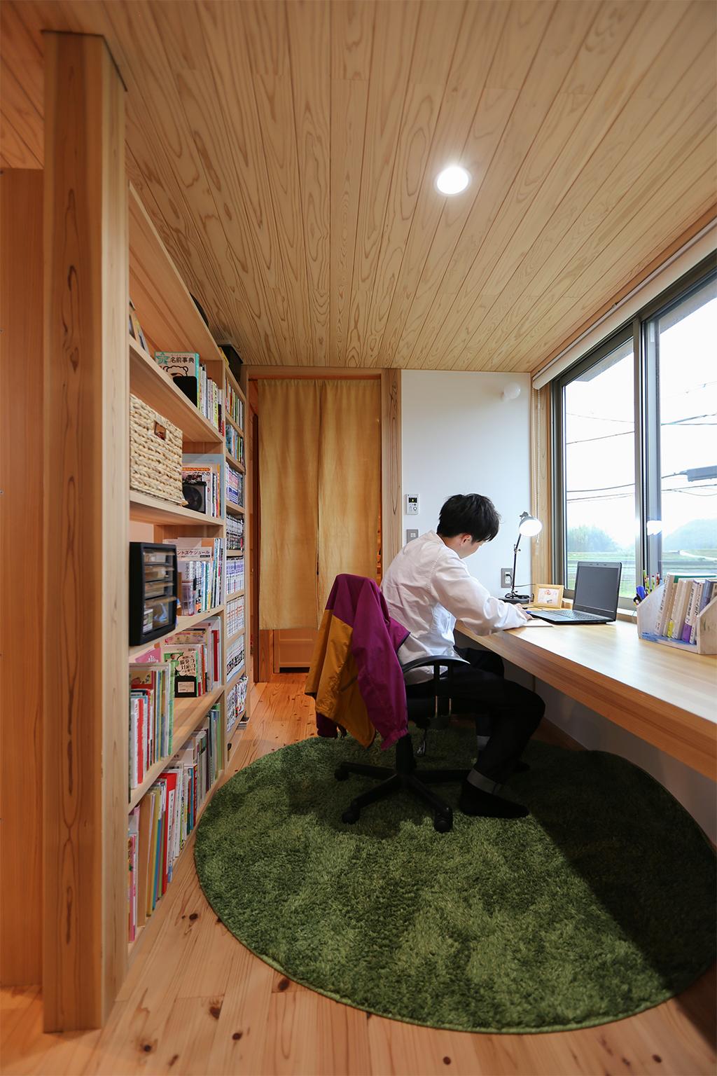 姫路市の木の家 仕事にも趣味にも使えるワークスペース