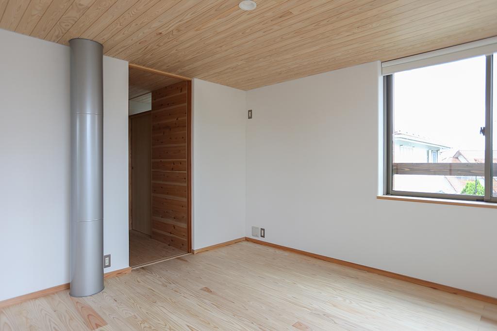 三田市の木の家 子世帯の寝室