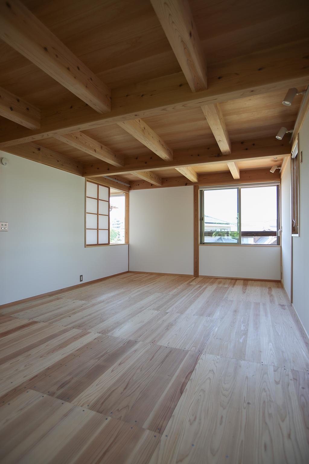 明石市の木の家 2階フリールーム