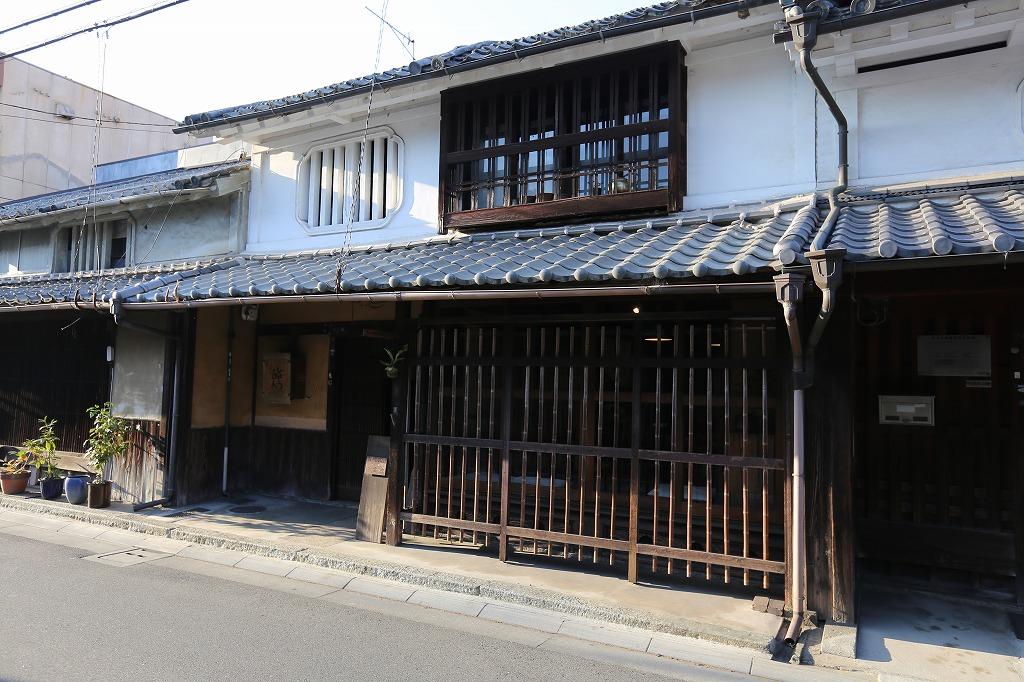 姫路市 カフェ MARUSANKAKU 外観